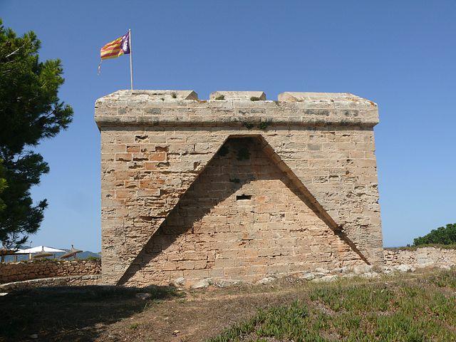 Punta_de_n'Amer_-_Es_Castell_04_(HS)