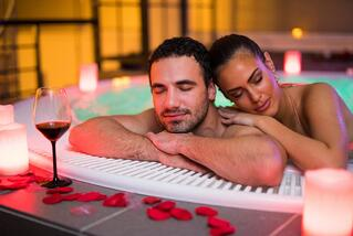 Hotels with jacuzzis