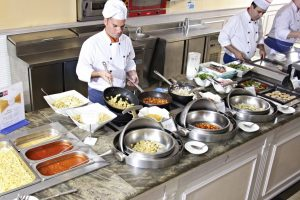Buffet del restaurante Capriche en el Hotel Viva Cala Mesquida Resort