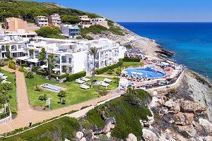Cala Mesquida resort may turn out to be the hotel you have been dreaming about for your 2018 summer holidays