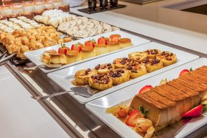 Das Restaurant Buffet des Hotels Viva Sunrise besitzt 11 Stationen für alle Geschmäcker