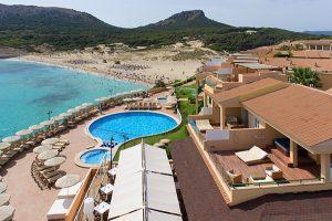 Vista general de toda la zona Selection Club del Hotel Cala Mesquida Resort