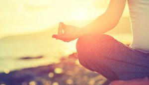 Sesiones de yoga mientras disfrutas de las mejores puestas de sol de Mallorca