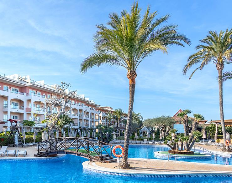 hotel con piscina mallorca