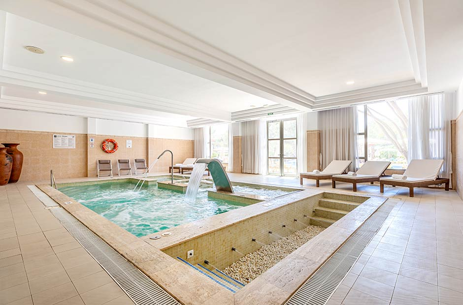 201905-VanitySuite-Spa-Pool-2