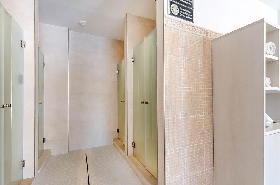 201905-VanitySuite-Spa-Sensation-showers