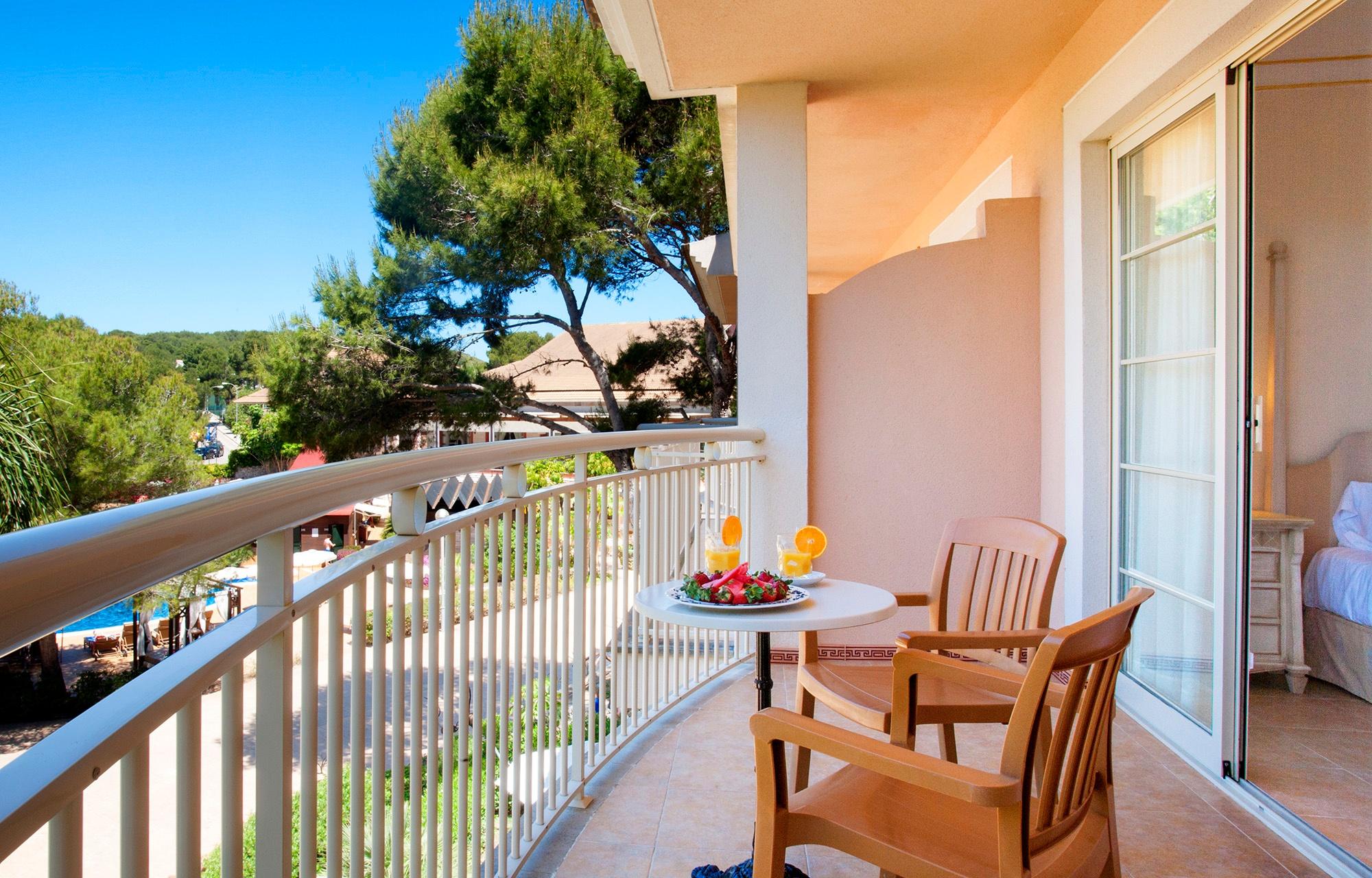 zimmer vanity suite spa hotels viva. Black Bedroom Furniture Sets. Home Design Ideas