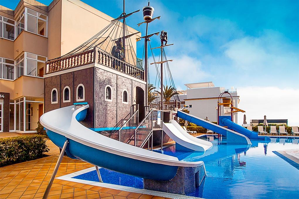 Die Besten Hotels Mit Rutschen Fur Kinder Auf Mallorca