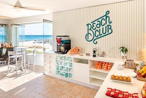 202008-VIVASuites-BeachClub