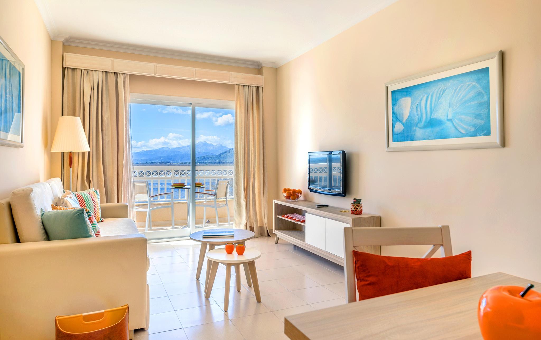 premium apartment viva blue 3.jpg