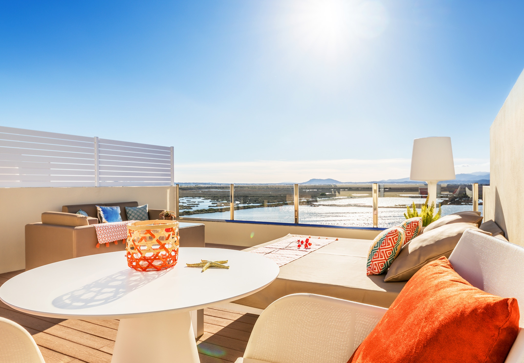 roya terrace viva blue5.jpg