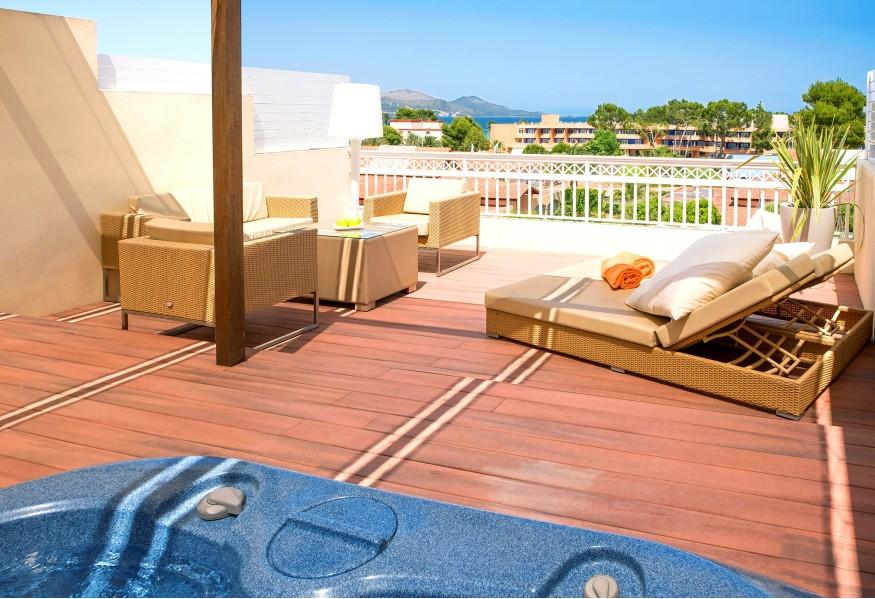 royal terrace viva blue.jpg