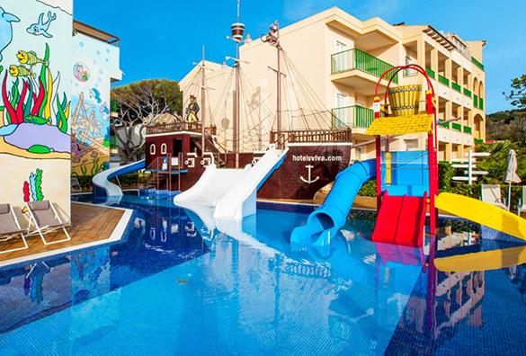 Hoteles con barco pirata