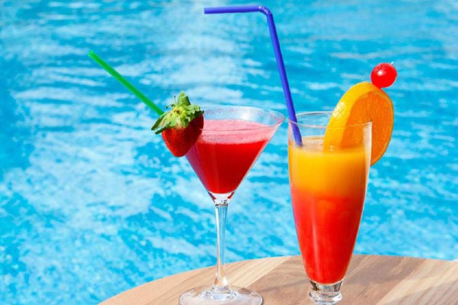 viva-sunrise-piscina-coctel