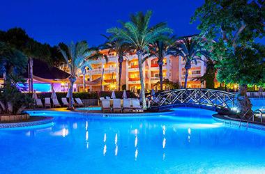 VIVA Blue & Spa offers