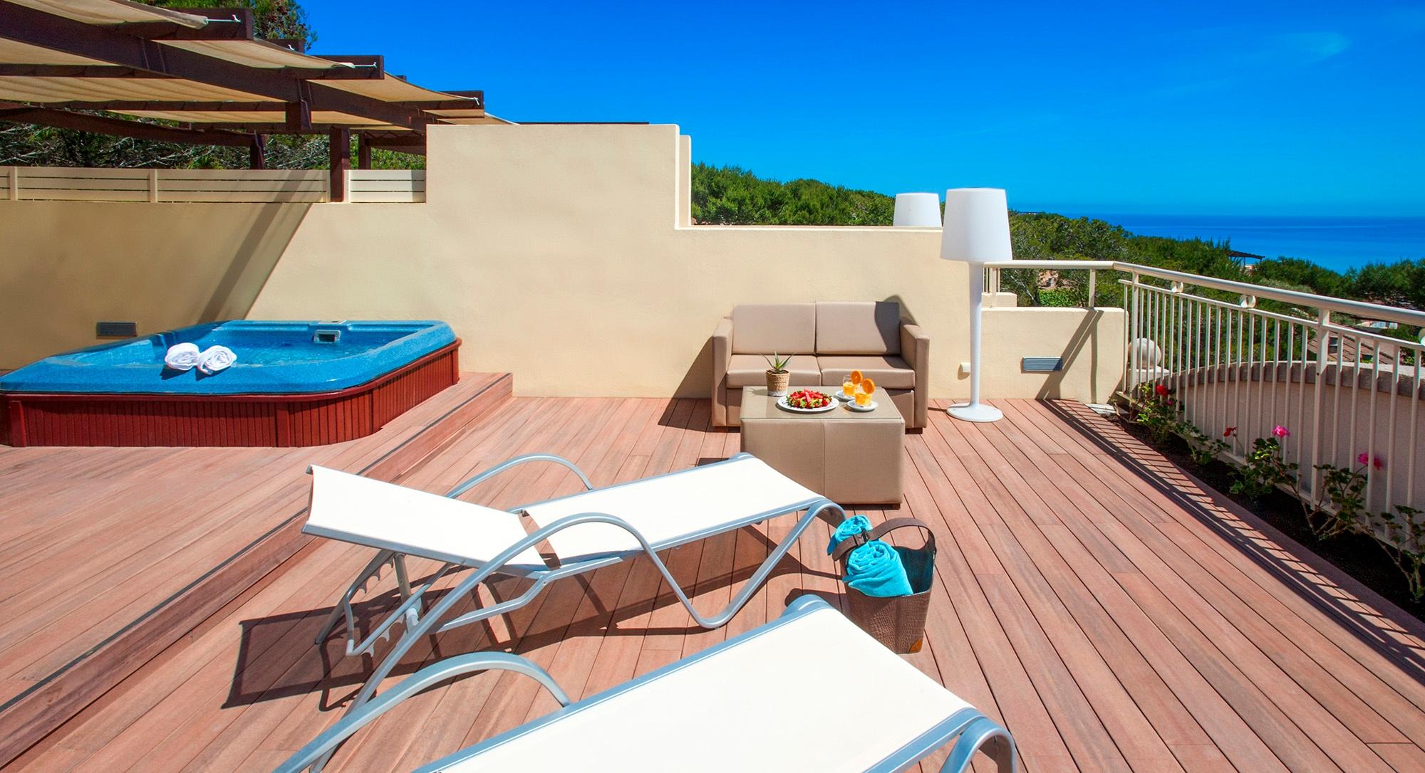 royal terrace vanity suite2.jpg