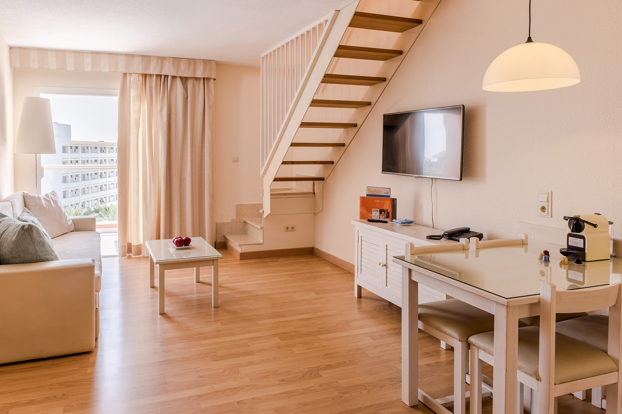 royal terrace apartment high floor viva sunrise2.jpg