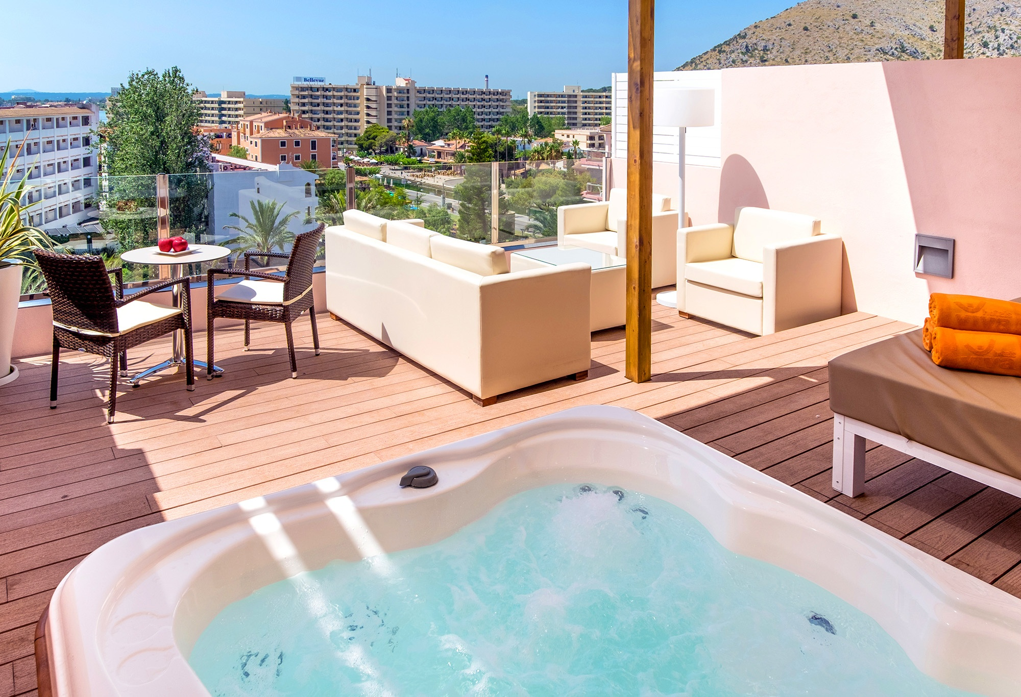 royal terrace apartment high floor viva sunrise5.jpg